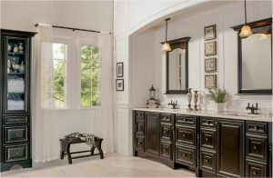 bathroom-cabinets-in-dalton-ga-black-shiny-vanity